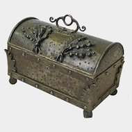 Hand Hammered Iron Goberg Casket  Jewelry Box, Ca 1910