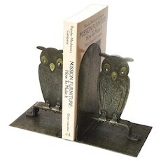 Extremely Rare Pair of Goberg Hammered Iron and Brass Owl Bookends, Ca. 1910