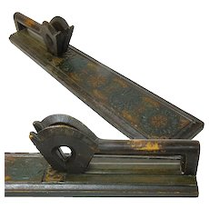 Classic Scandinavian Mangle Board, Two-Headed Horse Handle
