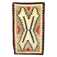 Arts and Crafts Graphic Regional Navajo Rug, 1930's