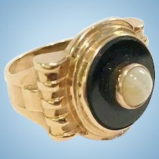 14kt Gold Ring, Black Onyx and Banded White Onyx, 1880-1890