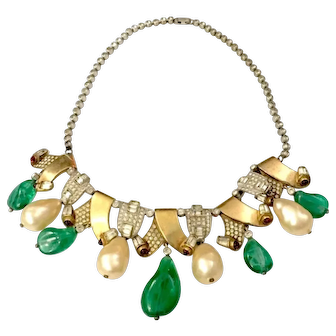 Unsigned European Green Poured Glass and Imitation Pearl Drop Matte Gold Tone Metal and Pave Curled Link Necklace