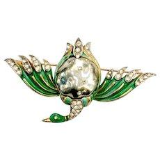 TRIFARI 1940s Ming Series Imitation Baroque Grey Pearl Bellied Duck with Green Enamel