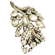 EISENBERG ORIGINAL Long Flowing Leafy Multi Clear Shaped Stoned Branching Leaf Brooch