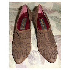 Vintage Donna Karen Shoes in Brown Suede with Trapunto Size 8AA