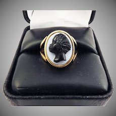 MUSEUM-WORTHY Unisex Victorian Onyx Cameo of an African Lady Set in Original 18k Ring, c.1855!