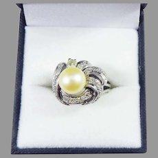 GLOWING Retro Diamond/Golden Pearl/Platinum Ring, 8.12 Grams, c.1945!