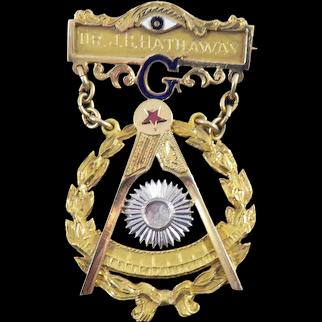 SUPERB QUALITY Solid 14k Yellow & White Gold/Enamel/Moonstone Masonic Past Master's Jewel, 18.21 Grams, 1949!