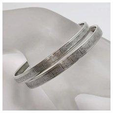 Vintage Beau Sterling Silver Geometric Pattern  Bangle Bracelet Set