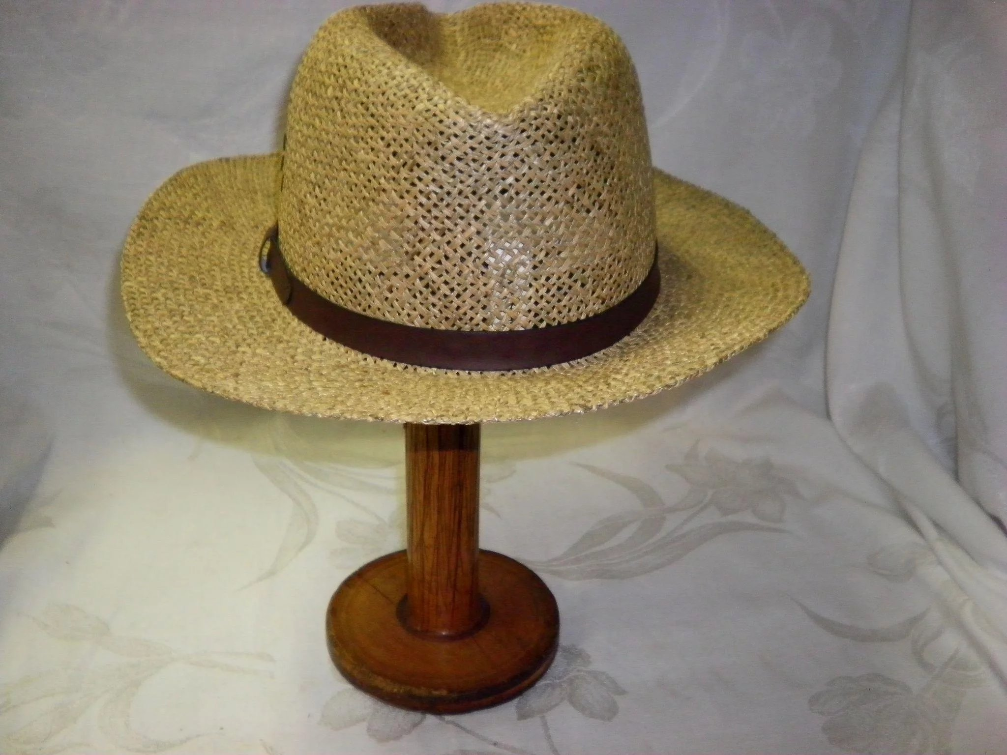 Men s Vintage Straw Hat By Country Gentleman Size Large. Click to expand a551147a505