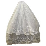 Lovely Victorian Lace Jabot with Exquisite Stitching