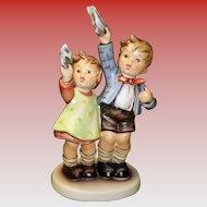 """Goebel HUMMEL FIGURINE #153 """"Auf Wiedersehen"""""""