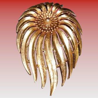 Vintage Crown Trifari Flower Pin
