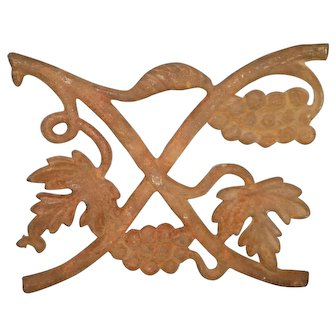 Wrought Iron Wall Plaque With Grapes and Leaves