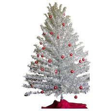 Holly Time Tree Turner Revolving Aluminum Christmas Tree Stand Sold