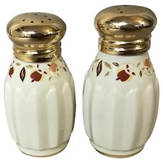 Autumn Leaf National Autumn Leaf Collector's Club Salt & Pepper Shakers
