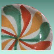 Mid-1900s polychrome tin glazed Majolica small dish (20th C. Mexican or Spanish Maiolica)