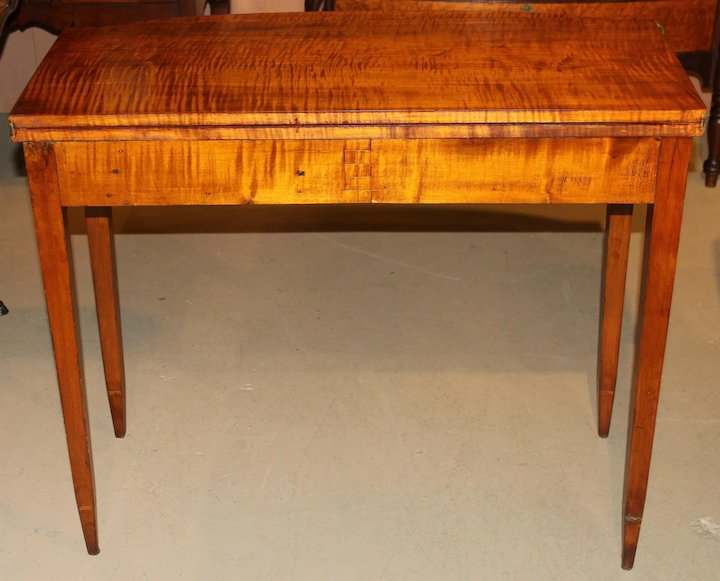 Federal Hepplewhite Tiger Maple Card Or Gaming Table With Birdseye Maple  Front
