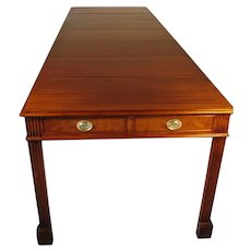 Unusual Mahogany Watertown Slide Extension Table with Six Leaves circa 1950