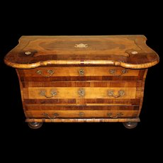 18th Century German Walnut Commode with Contrasting Marquetry Inlay