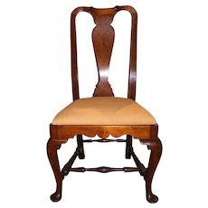 18th Century Boston Massachusetts Walnut Queen Anne Side Chair