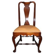 18th Century Boston Massachusetts Walnut Queen Anne Side Chair