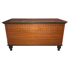 19th Century Pennsylvania Sponge Decorated Pine Blanket Chest