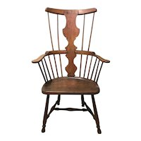 18th Century English Oak Windsor Chair with Nicely Shaped Splat