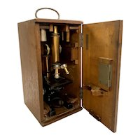 E. Leitz-Wetzlar Microscope, Box, & Optics circa 1908