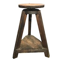 19th-20th Century Wooden Sculptor's Wheel on Splayed Tripod Base