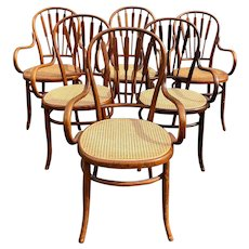 Set of Six Thonet Bentwood Dining Chairs with Arrow Backs