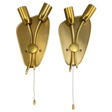 Pair of Classic Mid-Century Modern Gilt Metal Tulip Form Two-Light Sconces