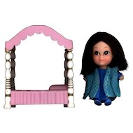 Hasbro Storykin  Sleeping Beauty with Bed