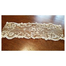 Antique Net with Taping Design