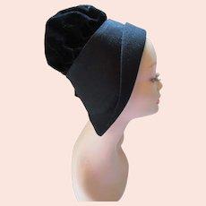 Stylish Hat Black Felt & Velvet HIgh Crown Flanged Side Junior Hats Carson Pirie Scott Co.