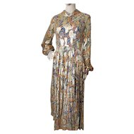 1970 Era Metallic Lounge Dress in Paisley Navy Orange and Gold Metallic Size Medium