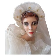 Wedding Veil Chapel or Coronet in Net with Appliques 1930 1940 Lace Edges Fingertip Length