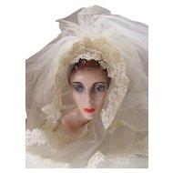 Wedding Veil Lace Applique Cap Lace Trim Sweep Length Eggshell 1970 Era