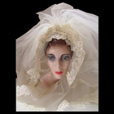 Wedding Veil Lace Applique Cap Lace Trim Sweep Length Eggshell 1970 Era