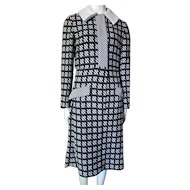 1970 Era Pop Art Knit Coat Dress in Black and White Joan Leslie by Kasper Size Small/Medium