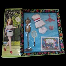 Doll Dawn What A Racket Clothing Original Package 1971 Topper Corporation Tennis Dress Racket for DAwn Longlocks Glori