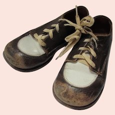 Mid Century Child's Saddle Shoes Brown & White Edwards Brand