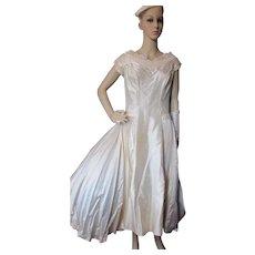 Gorgeous Mid Century Wedding Dress Tea Length Ivory MIriam Originals New York