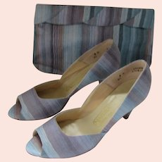 Captivating High Heels Matching Purse Rainbow Blue Naturalizer 8M
