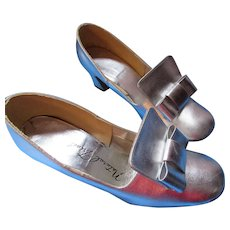 1970 Era Silver Metallic Shoes High Heel Pumps Party Style Natural Tread Size 6.5/7