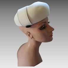 Handsome Winter White Felt Bubble Hat with Black Button Tabs Betmar