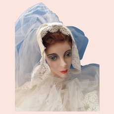Wedding Veil Head Band White Netting and Lace 3 Feet Long