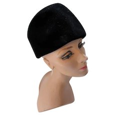 Mid Century Black Velvet Toque Cloche Hat Winter Hat Evelyn Varon Exclusive Union Made