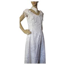 White Brocade 1980 Dress for Wedding or Event with Lace and Beading Scott McClintock Size 14