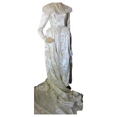 Lovely Wedding Gown Ivory Satin & Lace Pannier Hoop 1940-1950 Style
